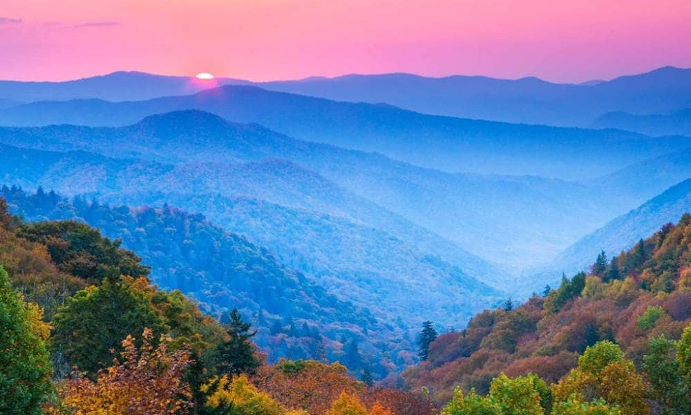 Smoky Mountains Fall Colors Best Time 2020.Heart Of The South With The Great Smoky Mountains