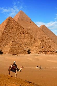 gizeh-pyramids