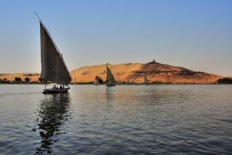 sailing-on-the-nile