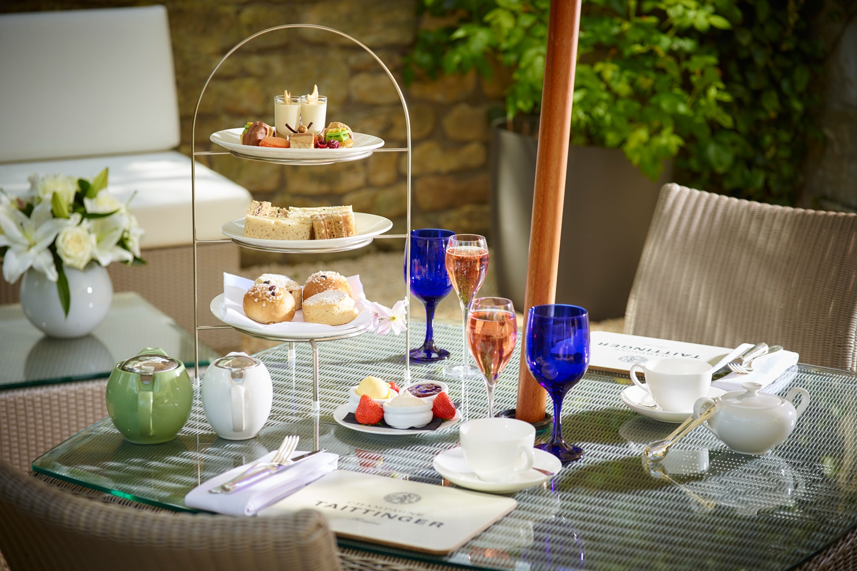 afternoon tea UK Champagne-Afternoon-Tea-CREDIT-Royal-Crescent