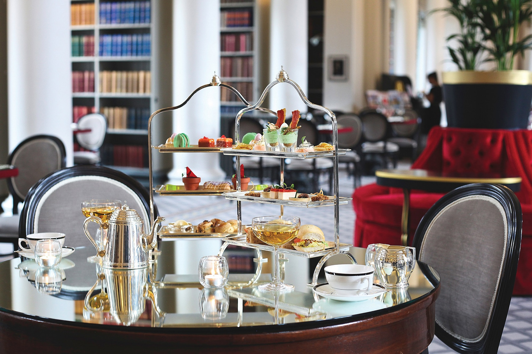 afternoon tea UK Colonnades-Spring-Afternoon-Tea-11-ed-sml-CREDIT-Colonnades-