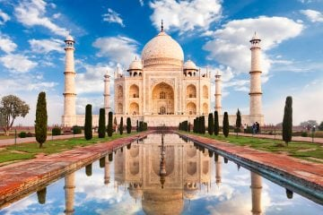 Black Friday Travel Offers Taj-Mahal-Sunrise-www.istockphoto.com_gb_photo_taj-mahal-sunrise-gm155096944-18106264-adamkaz