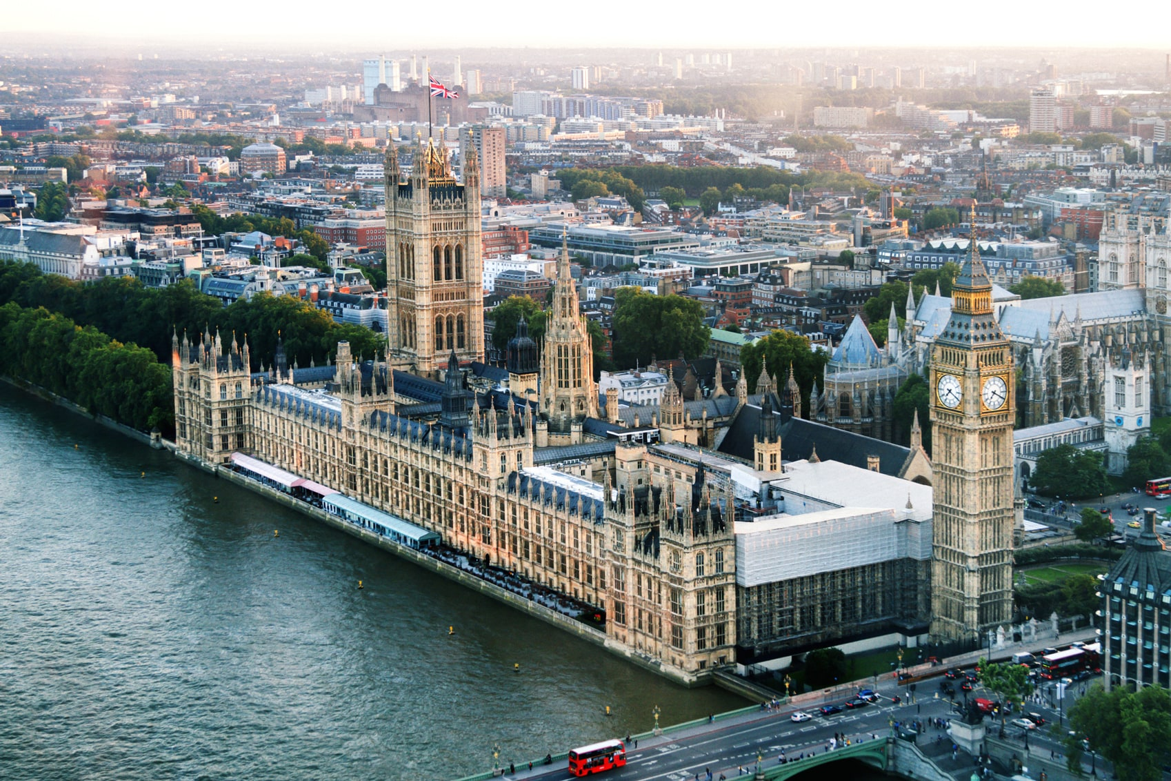 European Cities to Visit London-www.istockphoto.com_gb_photo_big-ben-and-houses-of-parliament-on-river-thames-dusk-gm611177162-105114295-Robert-Ingelhart