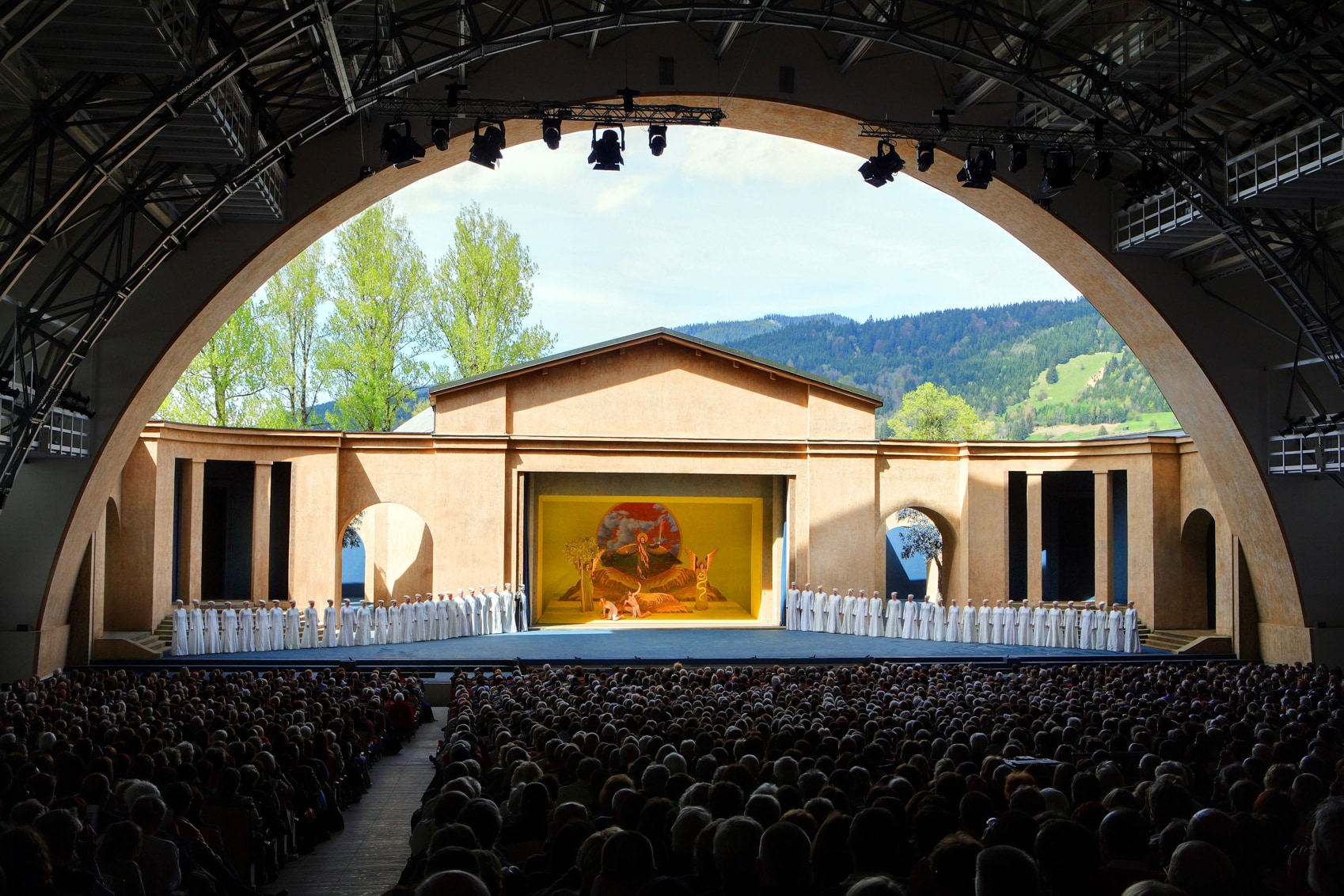 Incredible German Sights passion_play_theater_oberammergau_c_foto_kienberger-CREDIT-Oberammagau-Passion-Play-2020