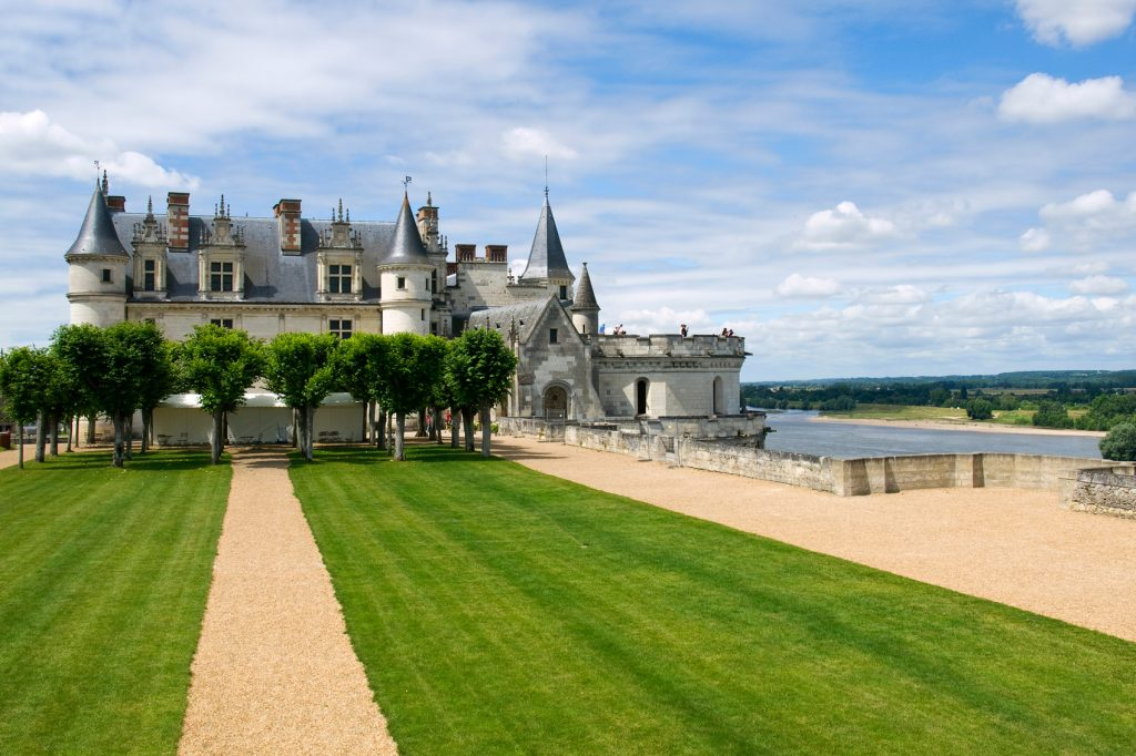 Beautiful Castles in France RS10079_France-LoireValley-AmboiseCastle-99691417 © Victor Pelaez
