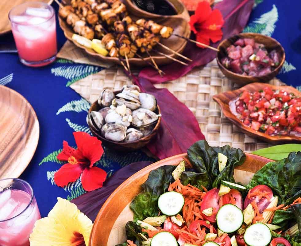 hawaiian food plates