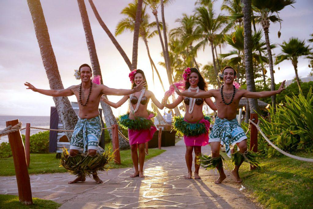 Hawaiian welcome lei