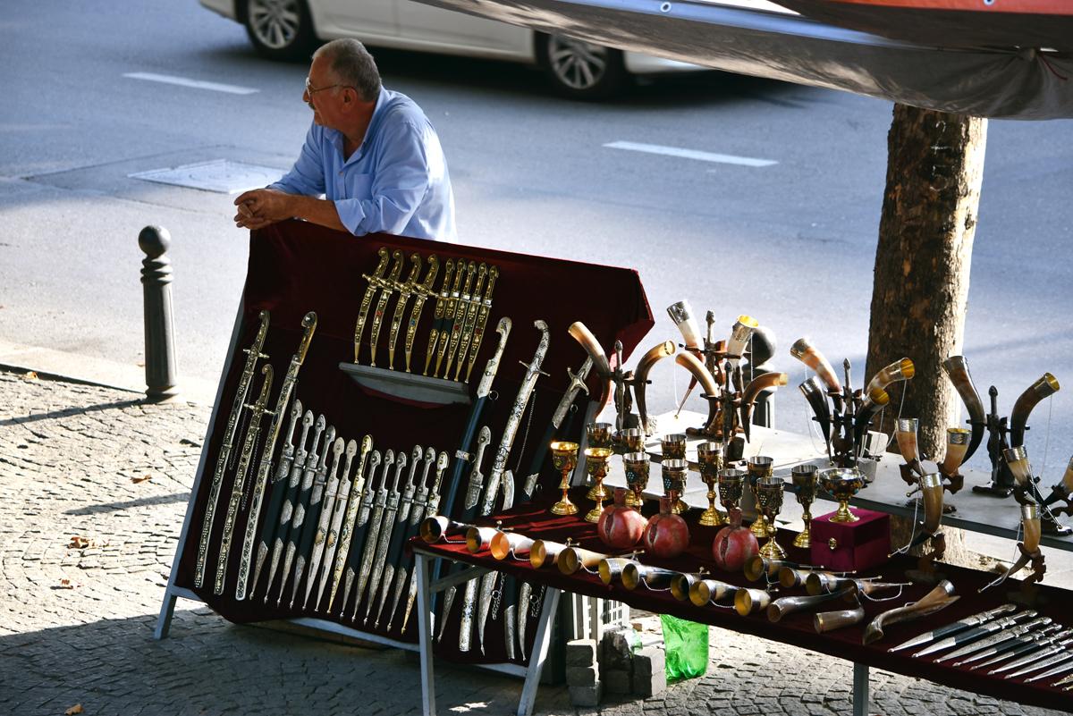 things to do in georgia - dry bridge market