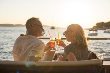 Couple drinks sunshine