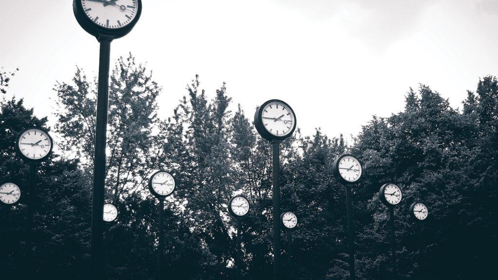 German etiquette Clocks