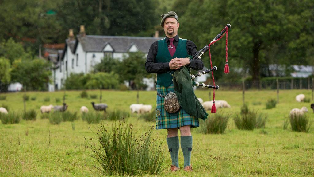 Person from Scotland at Leddard Farm - Scottish expressions