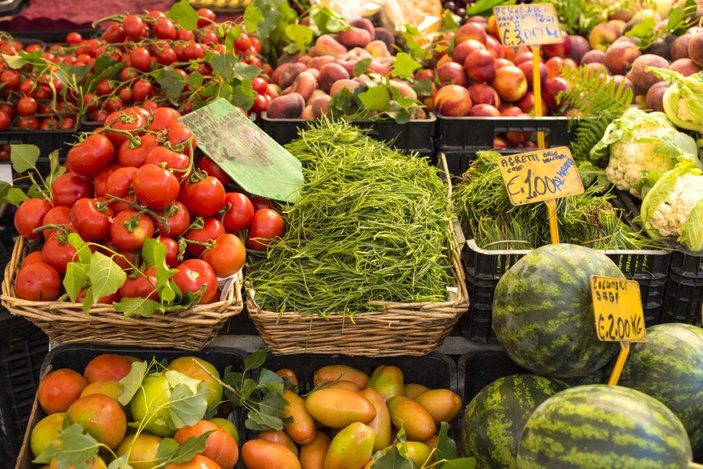 Heathy veg helping people have the longest expectancies