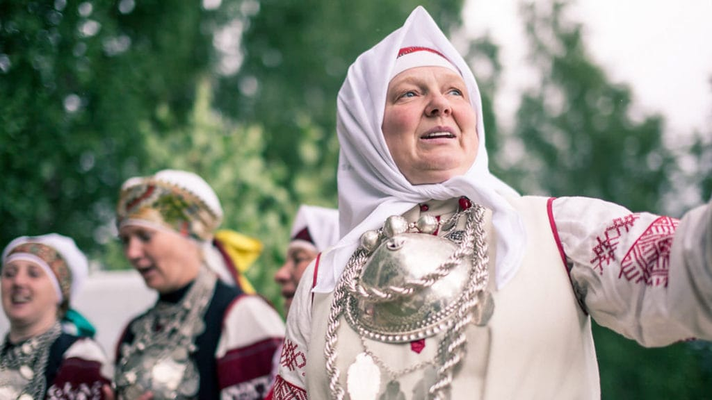 Women singing seto - facts about Estonia