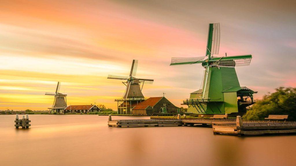 traditional Dutch windmills netherlands