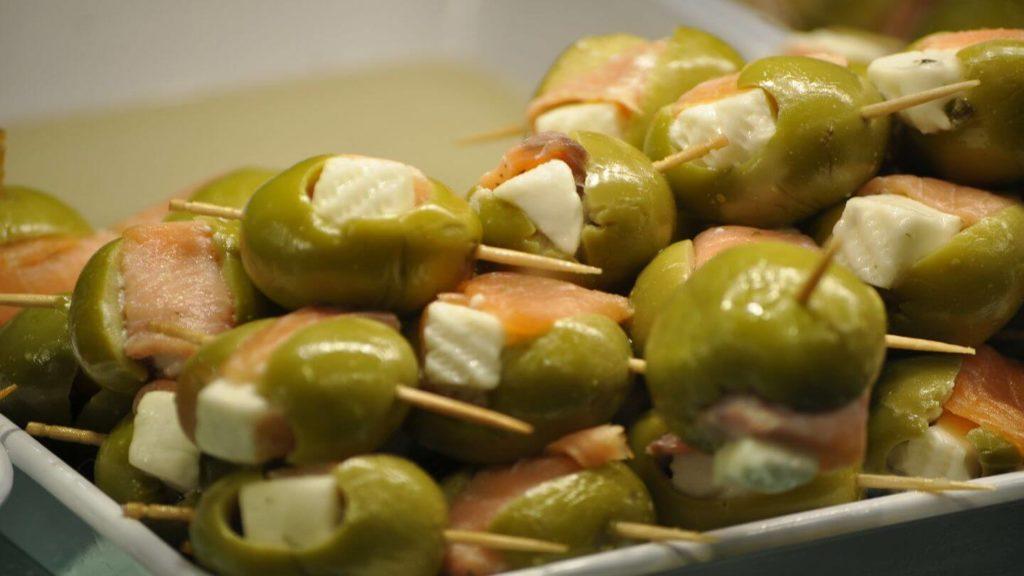 olives pinxto tapas Spain