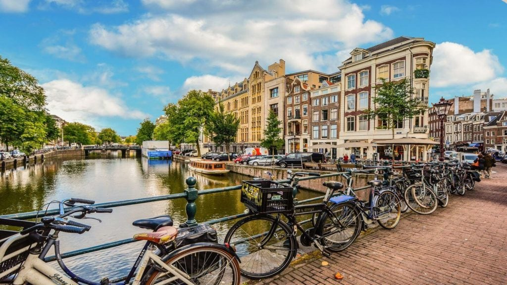 bicycles Amsterdam Netherlands zoom quizzes