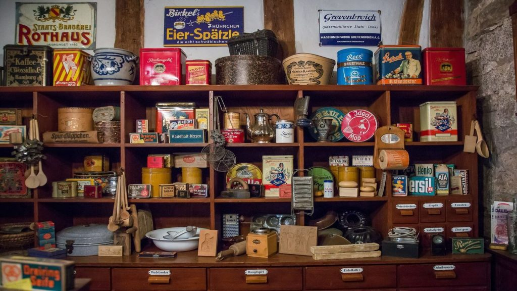 boutique store selling vintage containers