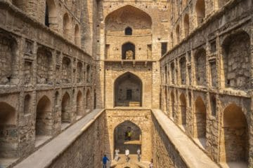 agrasen ki baoli ancient stepwell Delhi