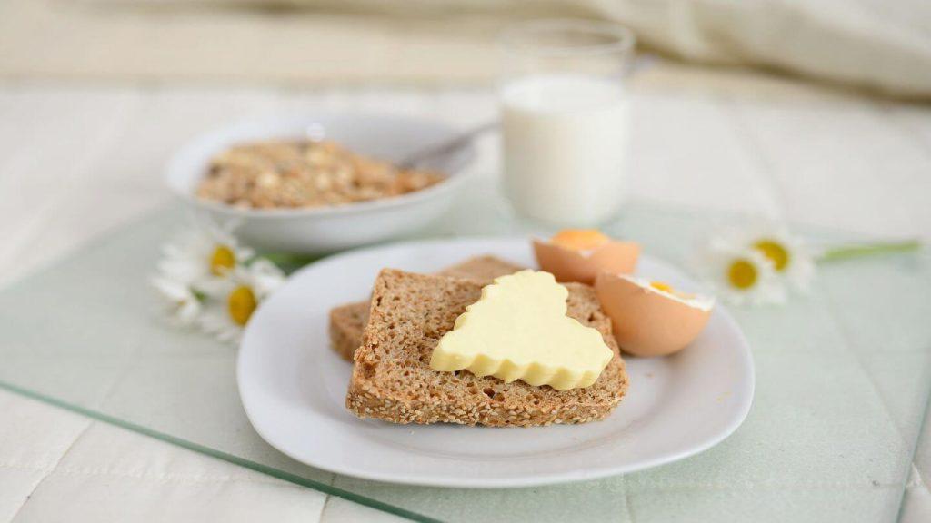 heart shaped butter on toast hotel breakfast platter