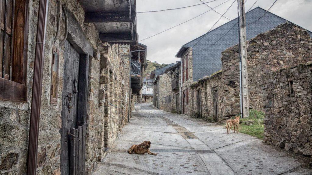 traditional village along El Camino de Santiago