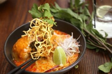 Khao Soi noodle curry Thailand street food