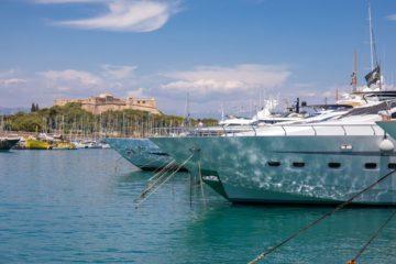 mega yachts in Antibes marina France