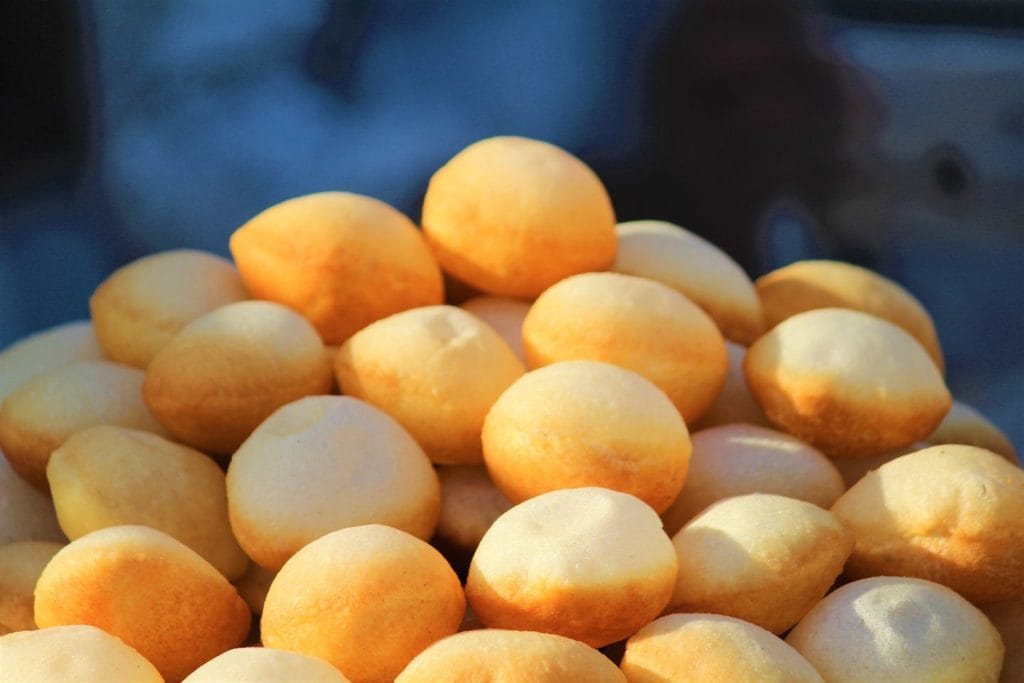 gol gappe Indian street food