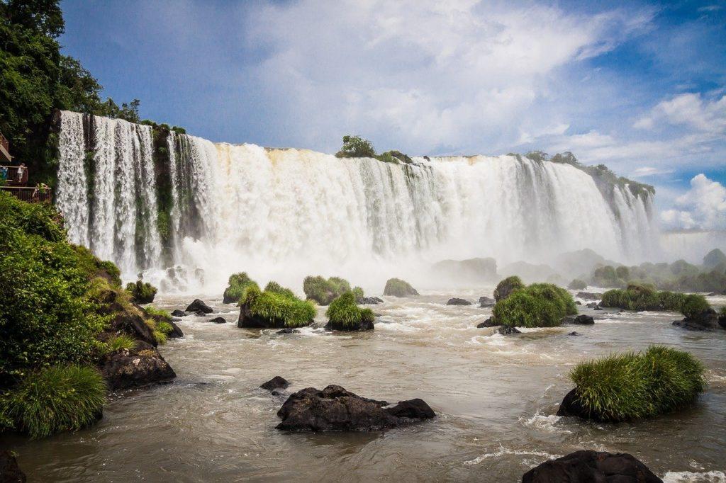 Iguazú (Iguaçu) Falls in Argentina