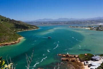 blue waters of Knysna Lagoon South Africa bucket list