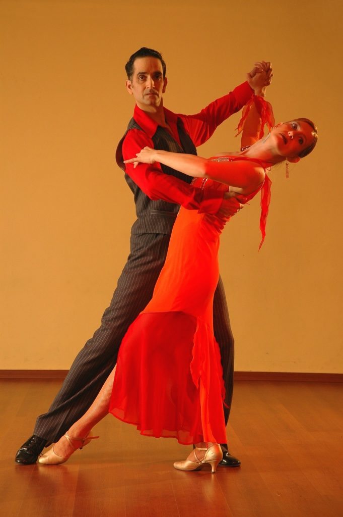 Live tango show with professional dancers in Argentina
