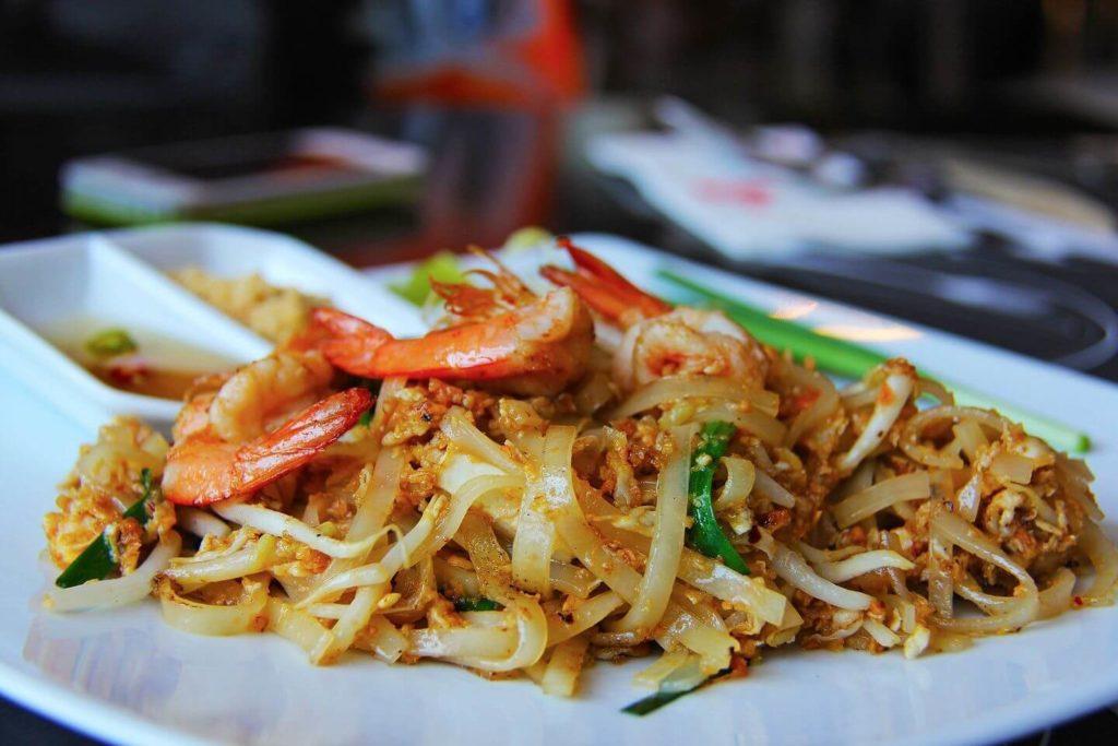 Paid thai with prawns Thai food