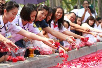 Thai Buddhists making offerings beautiful Thai words