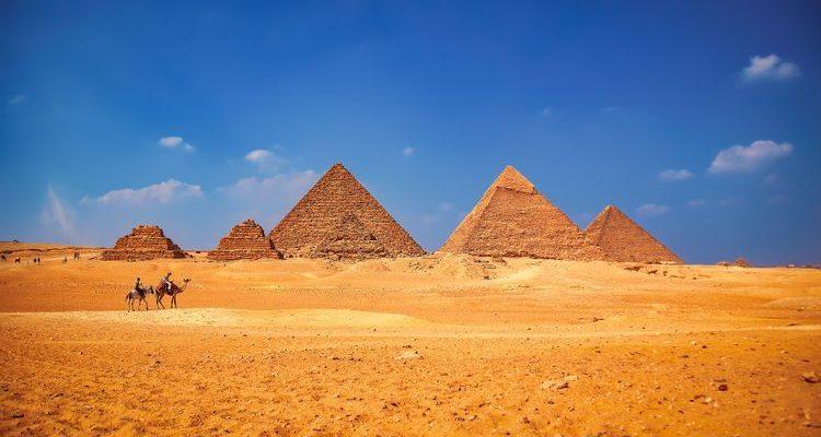 Pyramids of Giza camels desert