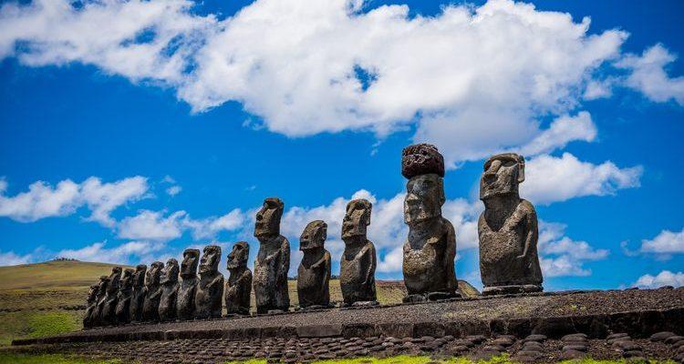 moai statues Easter Island facts