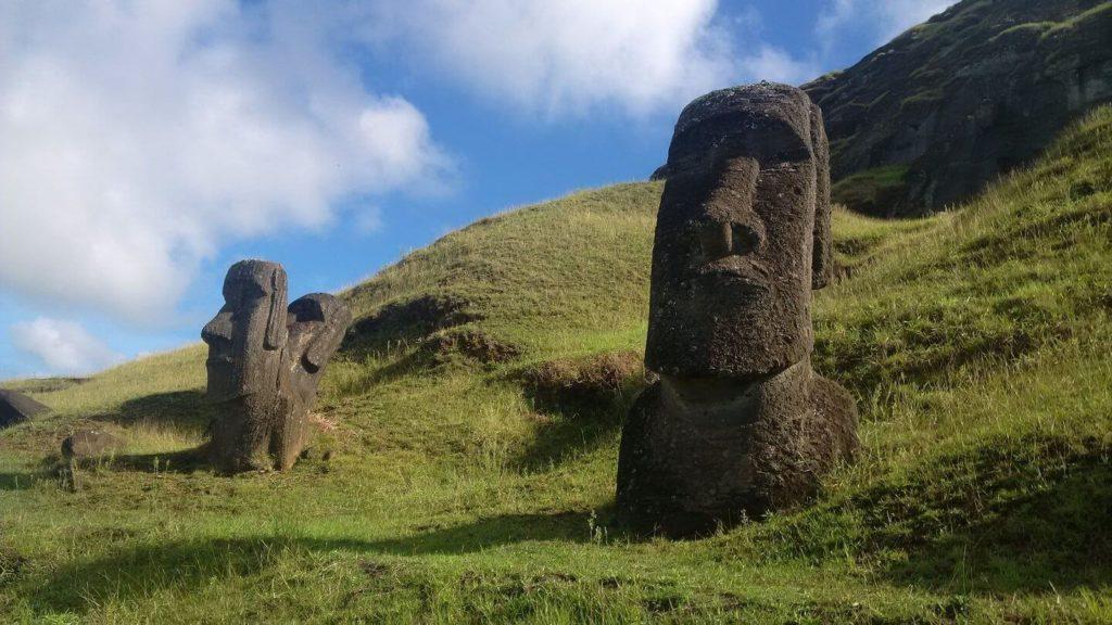 moai statue heads Easter Island facts