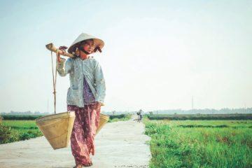 How to dress in Vietnam