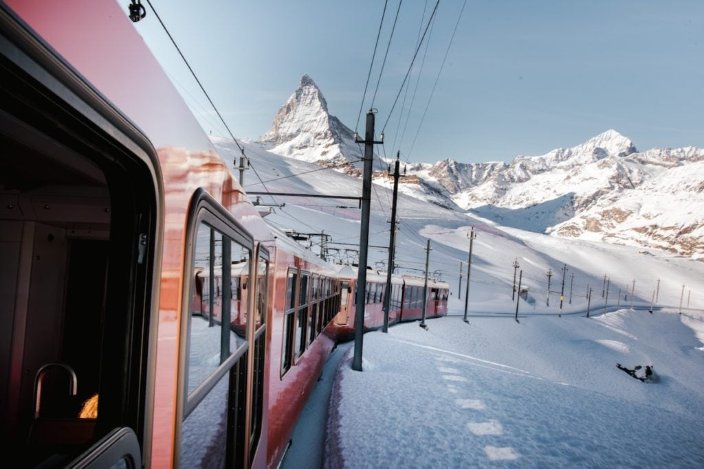 Switzerland mountains quarantine-free