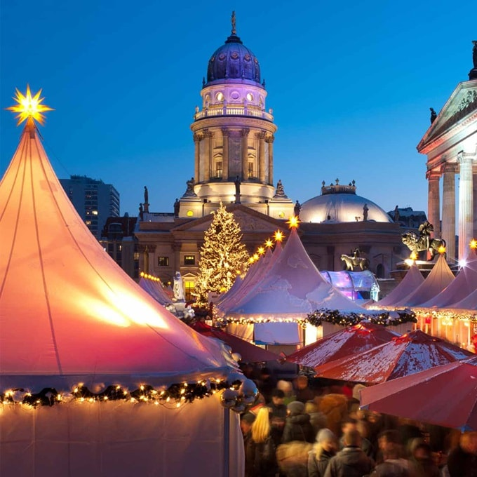 Germany Berlin ChristmasMarket 2016 R 158817939 1000x1000