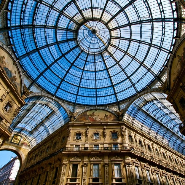 Spain Milan GalleriaVittorioEmanuele 2016 R 92373409 Discoveries